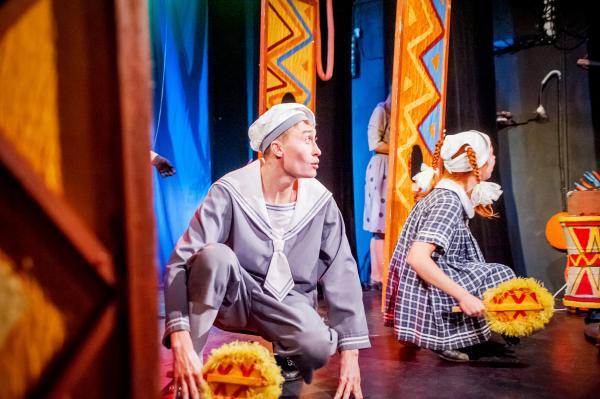troe-teatr-kukli-dlya-barmaleya